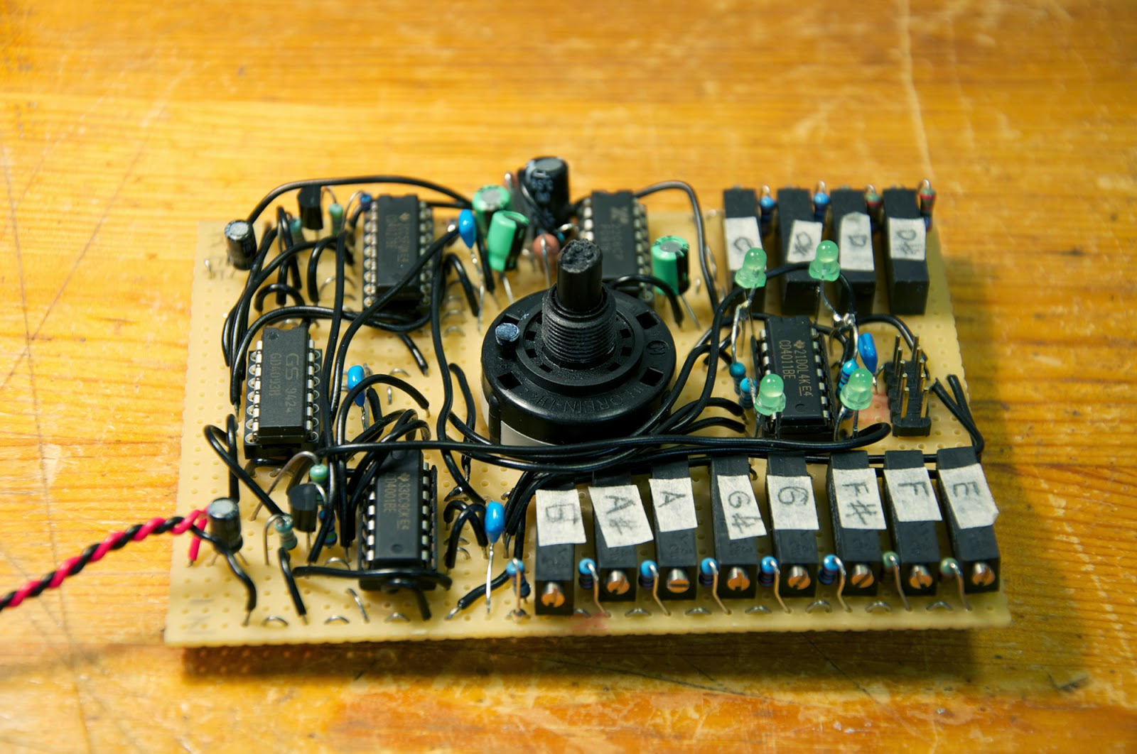 Sigma 2014 Variable Gain Amplifier Circuit Diagram Tradeoficcom Pictured Is The Fk50240 Chip In Its Own Plastic Box And Old Version Of This