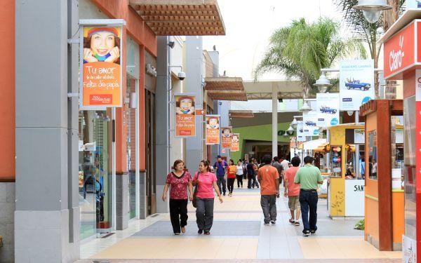 Gamarra habla se abrir n 14 malls en el interior del for Picor en el interior del ano