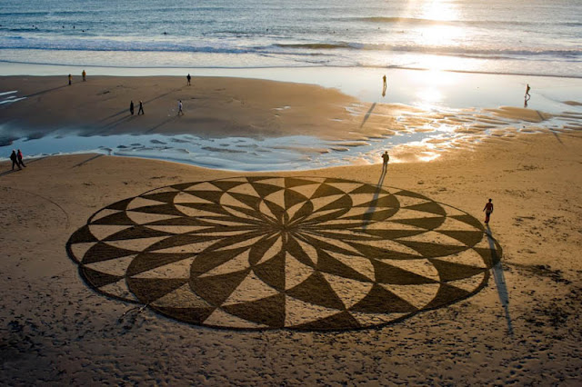 Incredible Works of Beach Art by Andres Amador