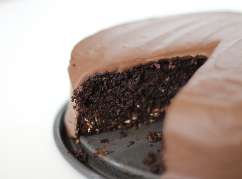Rich Chocolate Cake With Chocolate Protein Frosting Recipe ...
