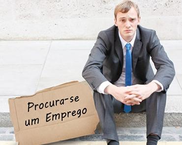 Desemprego Atinge 8,3% e Dilma não Garante 2016 Maravilhoso