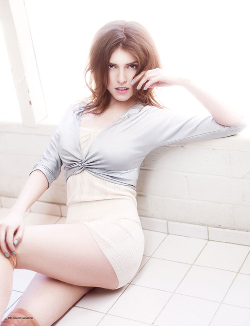 Anna Kendrick Biography and Photos