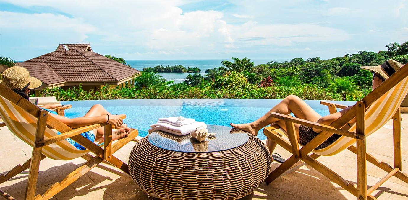free travel certificates worldwide
