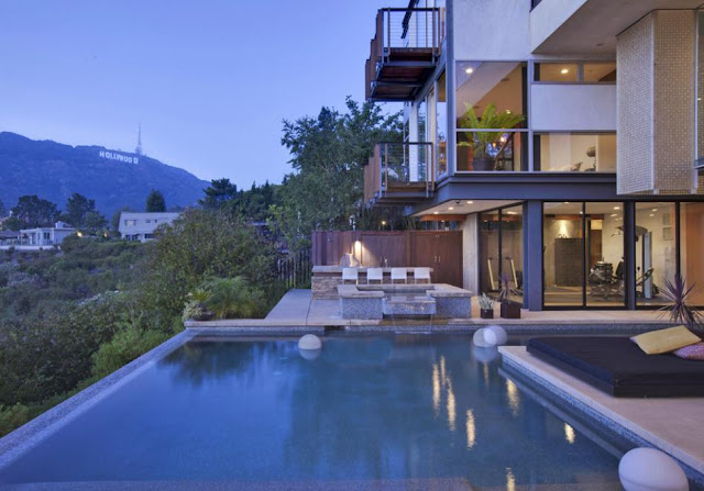 Photo of the house and Hollywood Sign view from the terrace