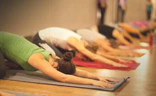 Pratique Yoga - Horários no site!
