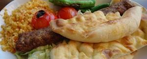Chicago'da Türk yemekleri yapan yerler
