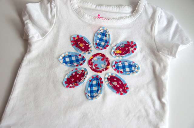 Aesthetic Nest Sewing Frayed Flower Applique T Shirt