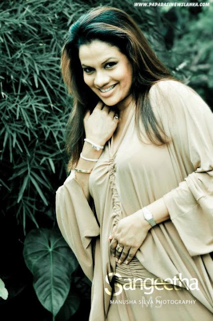 Lankan Models Gallery : Sri Lankan Actress Sangeetha Weerarathna