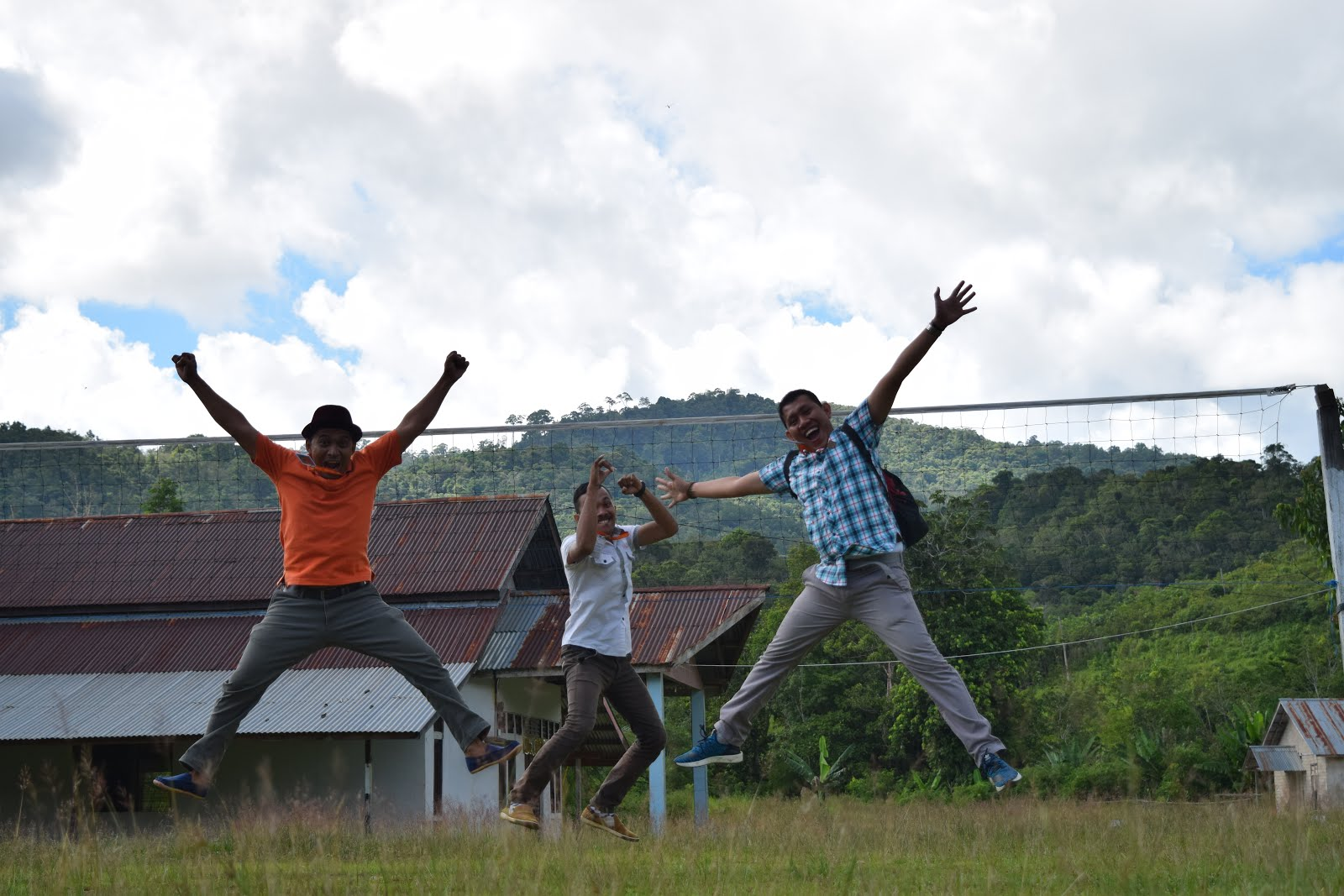 Bahagia itu sederhana# Bisa Lompat-lompat