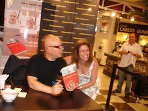 Marcelo Tas e seu livro 'É Rindo Que se aprende'