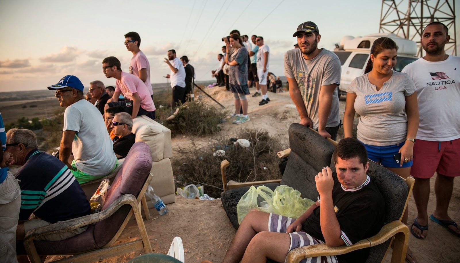 Israelis Watch Bombs Drop on Gaza