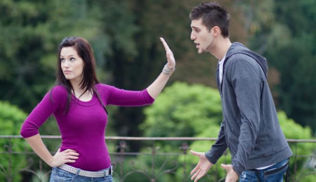 Tiga Hal Yang Terjadi Akibat Sering Mengekang Pasangan