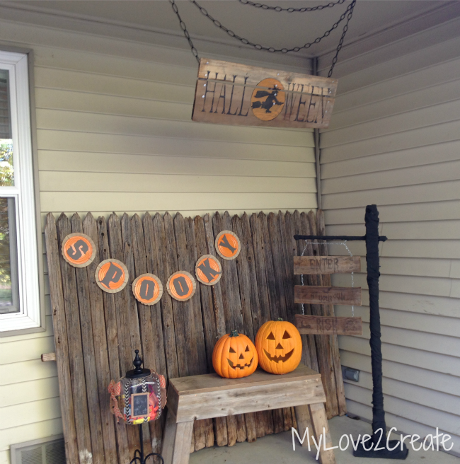 MyLove2Create Rustic DIY Halloween Sign