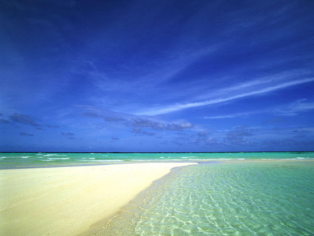 http://1.bp.blogspot.com/--UilJccSC6A/Tp1U0GfpgqI/AAAAAAAAB7w/c8-H2Vnegew/s1600/Sky+Meets+Ocean+Wallpaper.jpg