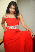 Shrutija glam pics in red-thumbnail-9