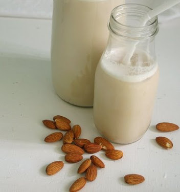 almond milk, almods