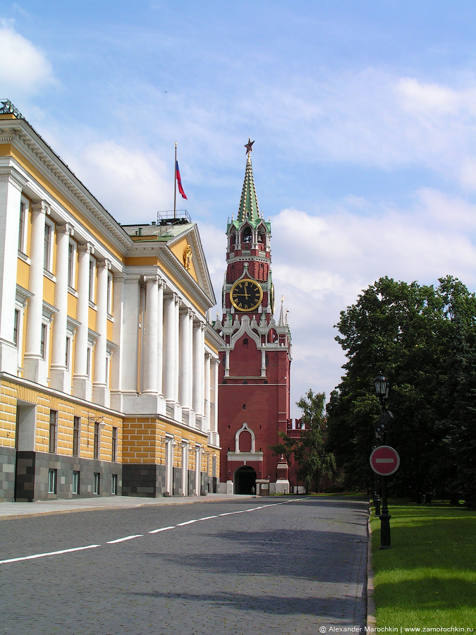 Сенатский дворец и Спасская башня | The Senate and the Spasskaya tower