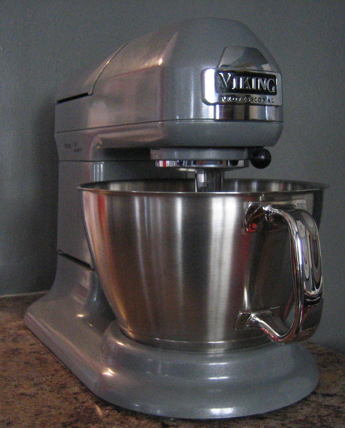 Mixers Mixers Vicking Vs Wolf ~ Rook viking stand mixer review