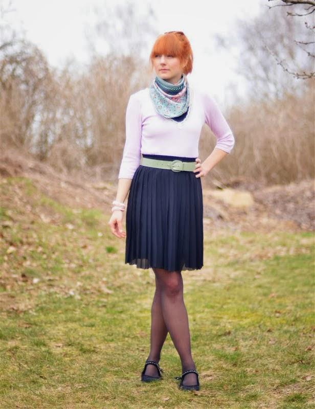 Cute redhead blog, girl taking poop in pants nude