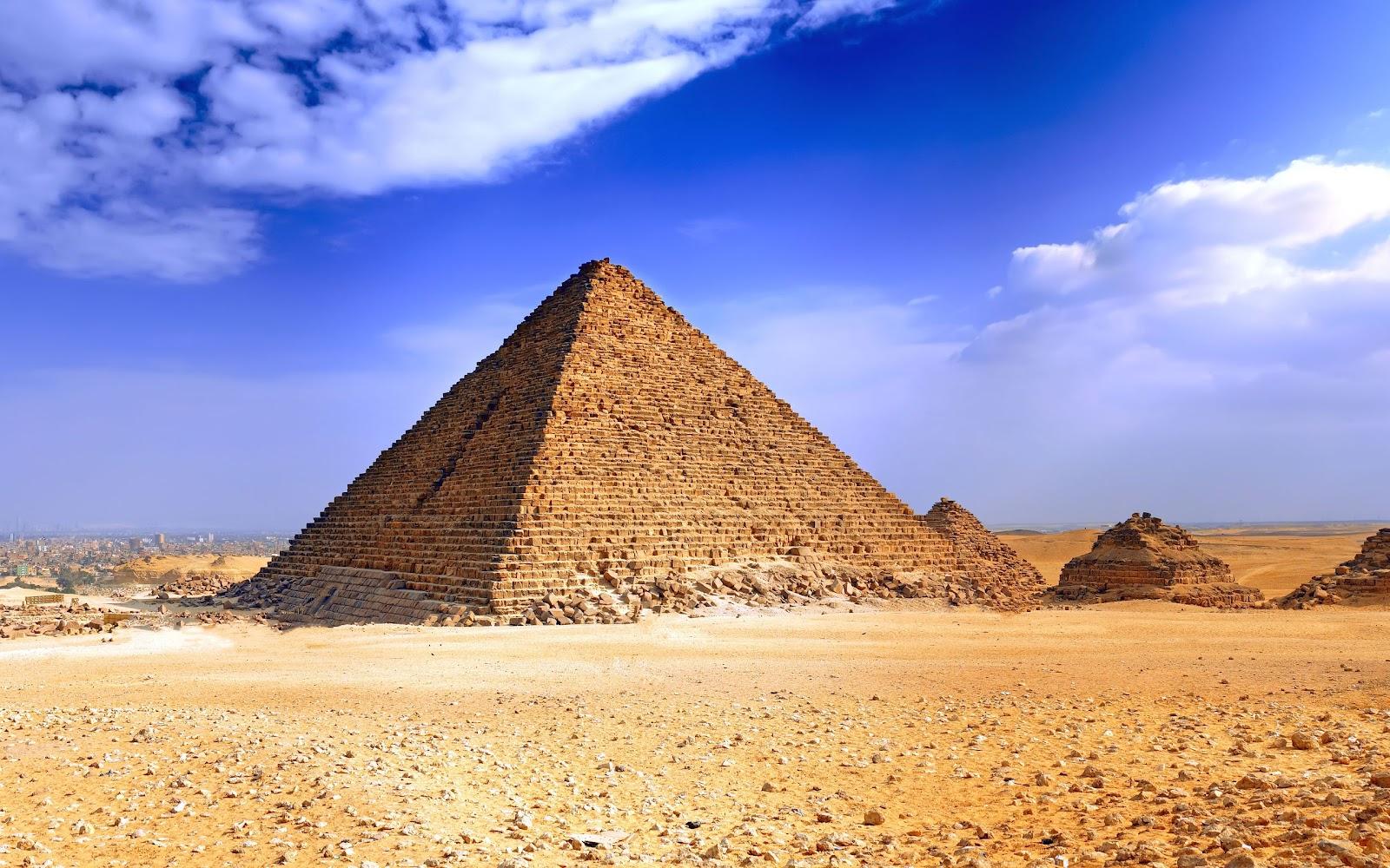 http://1.bp.blogspot.com/--VJfS1RxsQ4/T_71W5OGVoI/AAAAAAAAEz4/HA4hxKHDYkg/s1600/Egyptian-Pyramids-HD-Wallpaper-3.jpg