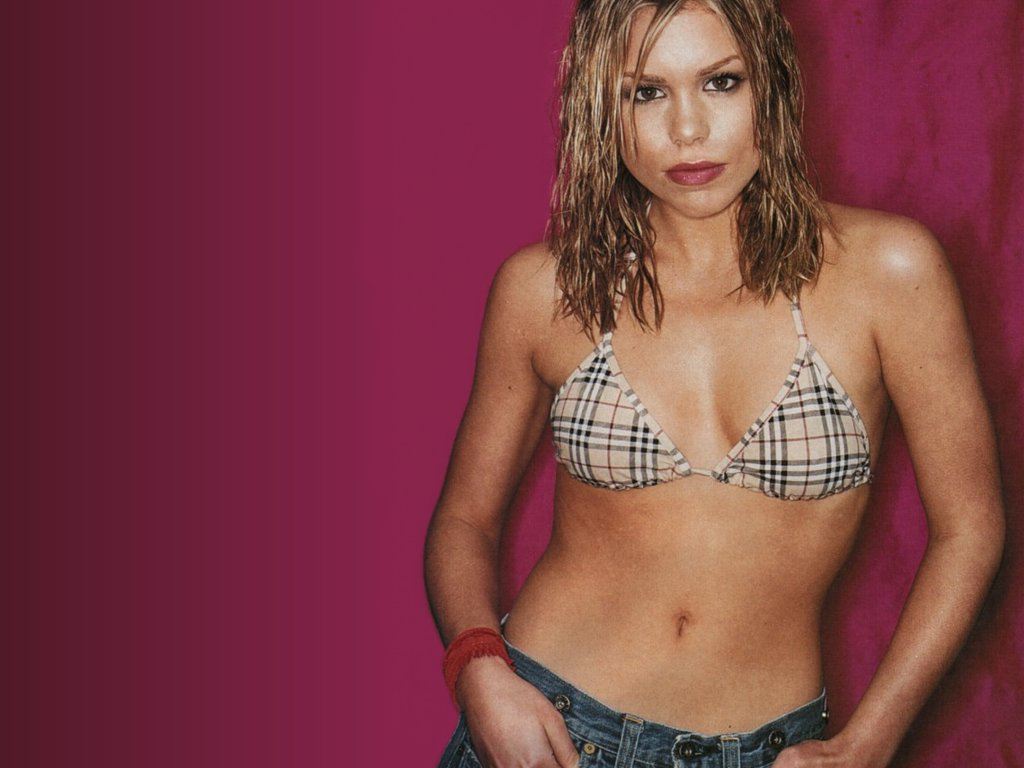 http://1.bp.blogspot.com/--VJvDpeM8b4/TjyvSaAFmuI/AAAAAAAACy8/pKLRj8CHRl8/s1600/Billie+Piper+hot+photos+5.jpg