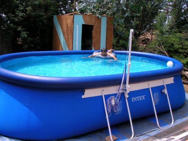 Estanques y piscinas de los vigilantes de la charca julio for Piscinas acero baratas
