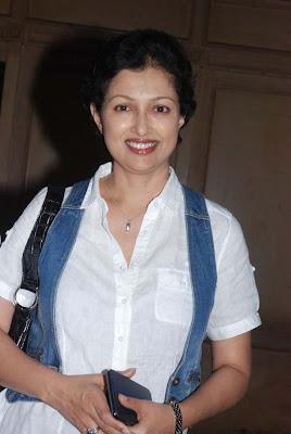 Search Tamil Movies: Actress Gouthami at Art Chennai 2012 Event Stills