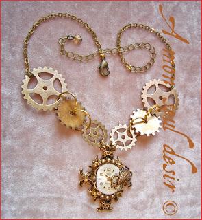 collier steampunk cadran de montre mécanique rouages scarabée insecte watchface watchclock gears insect scarab necklace
