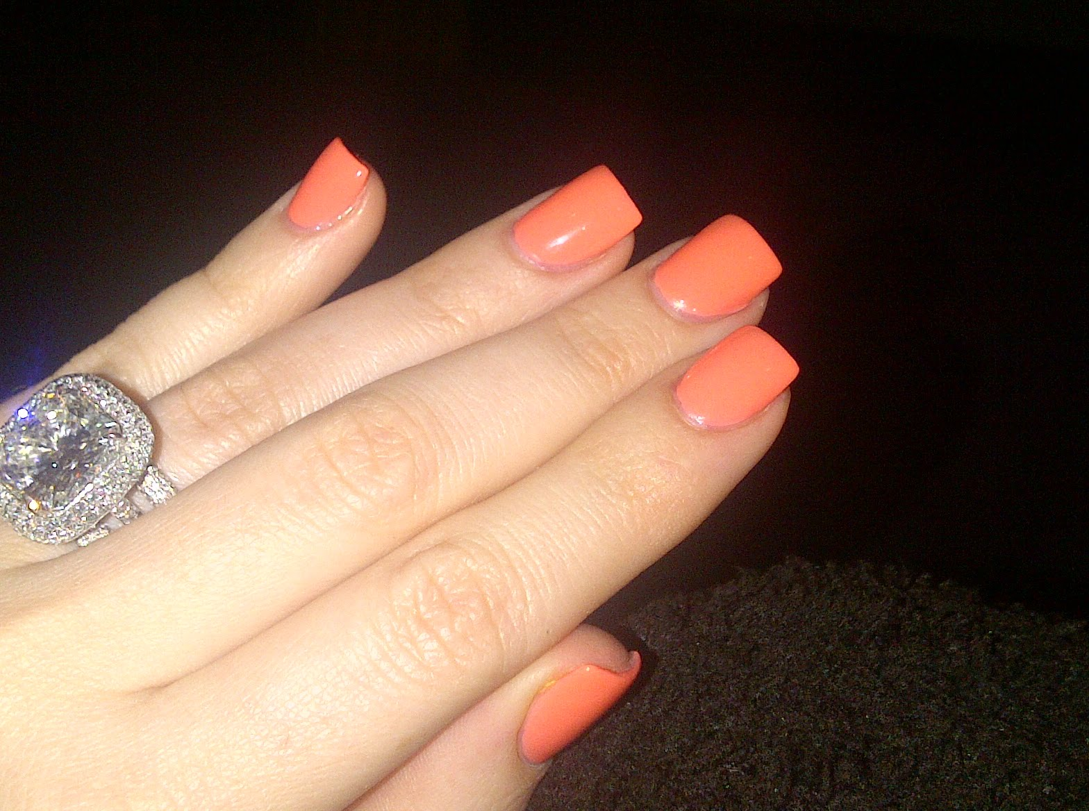 Accessories Fashion Style: Kim Khloe Kardashian Twitter