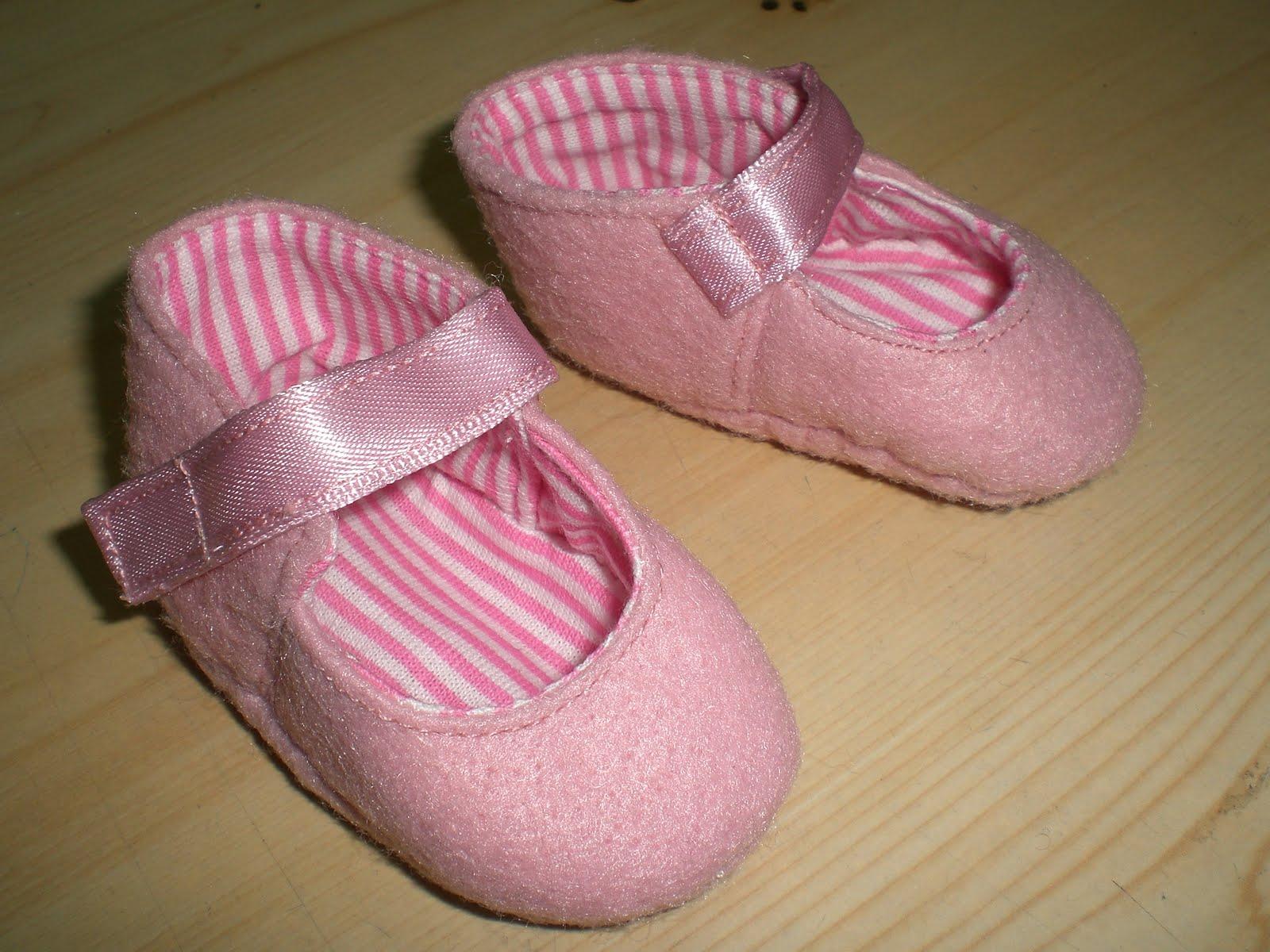 Liladas zapatos de tela para beb s - Zapateros de tela ...