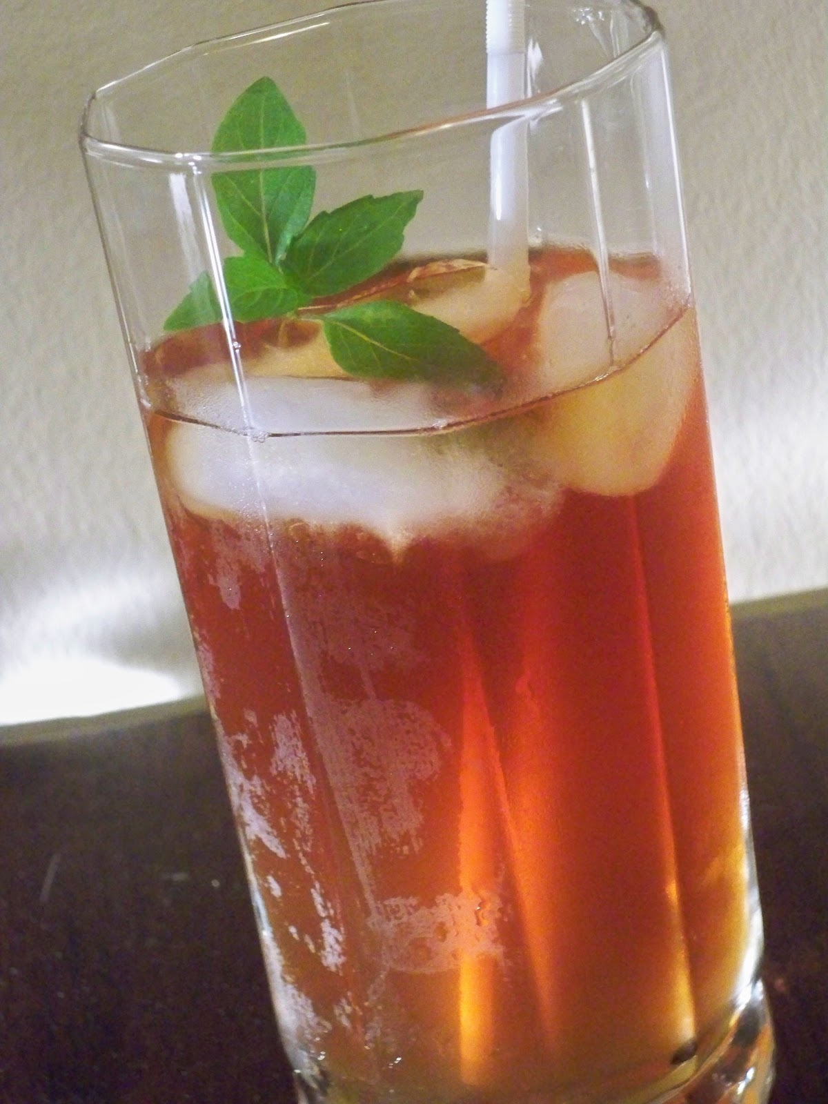 Cinnamon basil sweet tea
