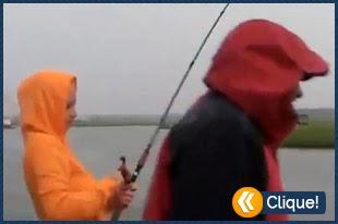 Daí sua namorada tá pescando e ....