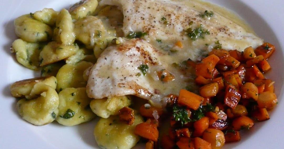 Steinbutt mit Gnocchi und karamelisierten Karotten an Weißweinsauce