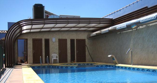 Cerramientos con policarbonato en sevilla cerramientos - Piscinas cubiertas sevilla ...