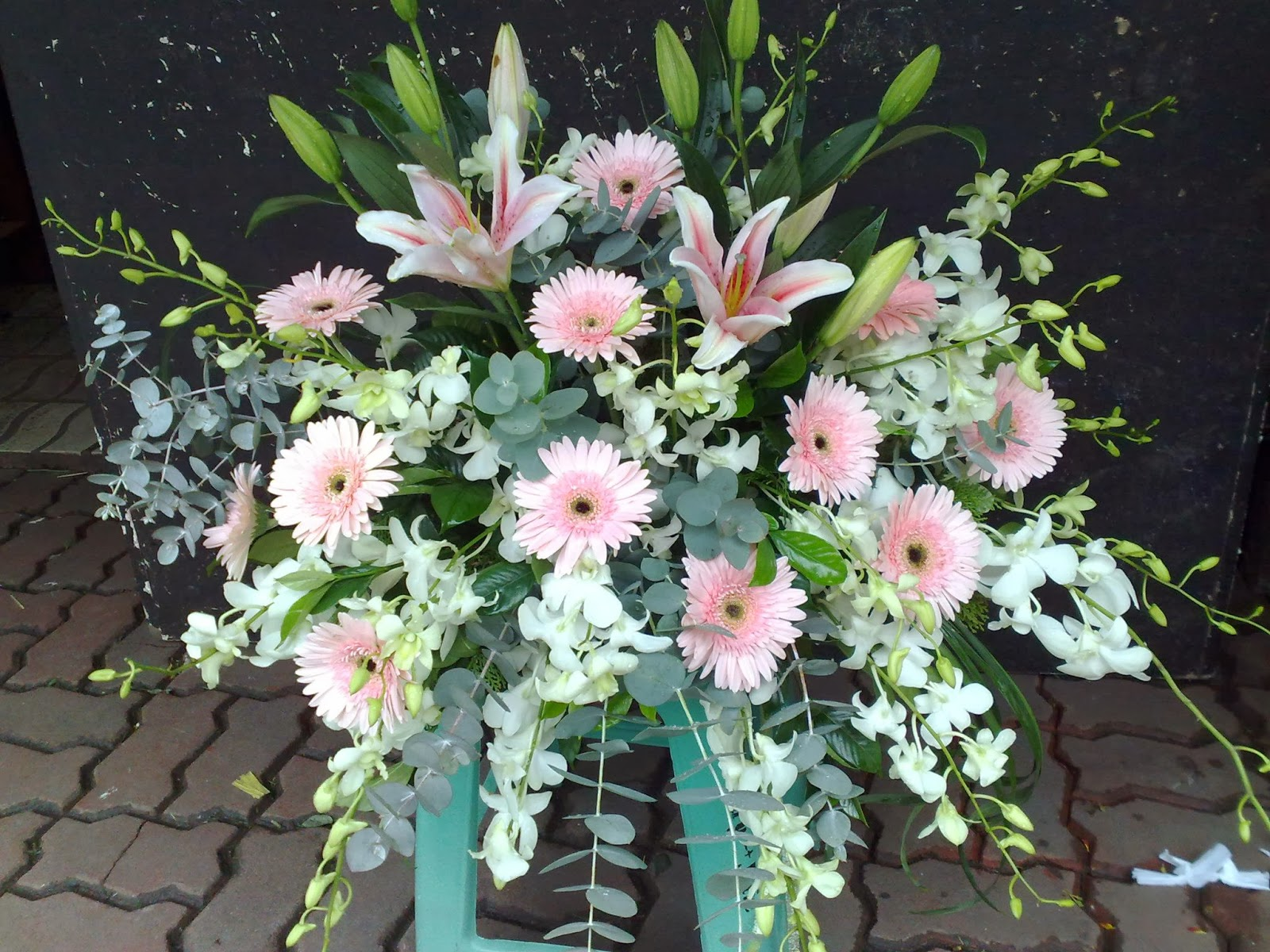 Sympathy flower arrangements funeral setup dangwa flora the following are few of the vast sympathy flower arrangements and funeral setup catered by dianas flower shop to various clienteles izmirmasajfo Images