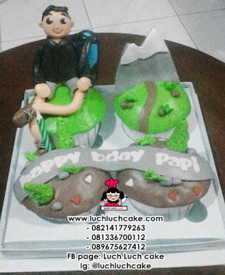 Cupcake Tema Naik Gunung Daerah Surabaya - Sidoarjo