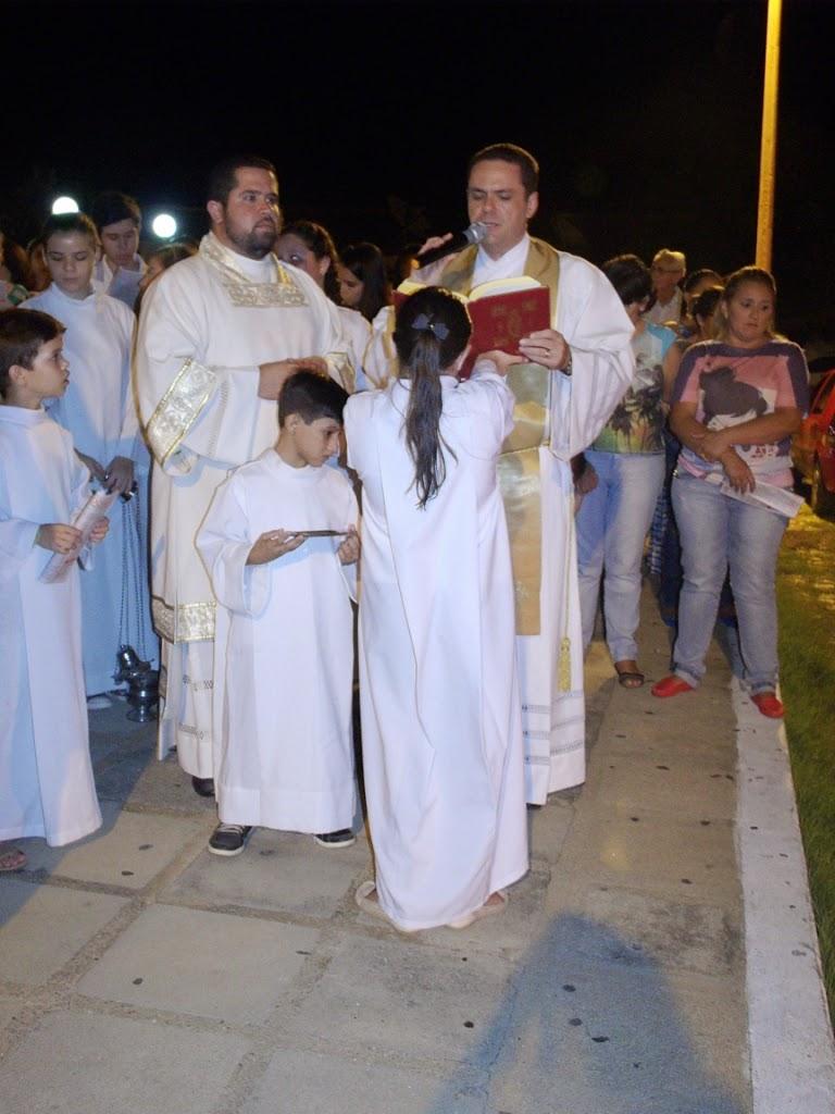 Imagens da Vigília Pascal na Igreja Matriz em Almino Afonso