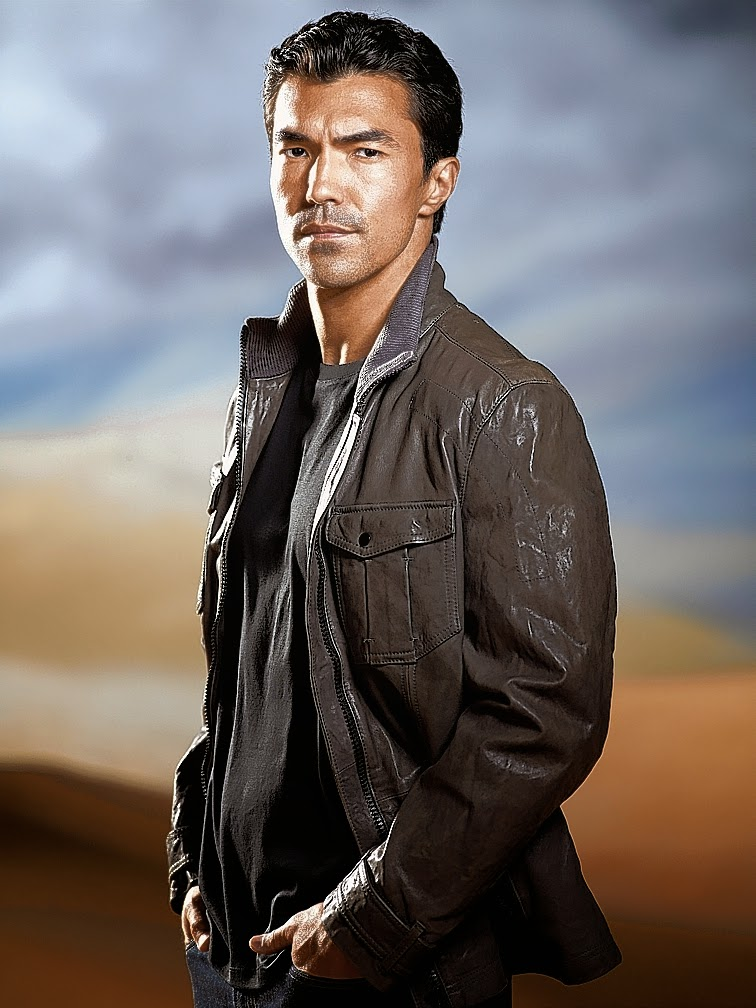 American Actor Ian Anthony Dale New Photo shot Images