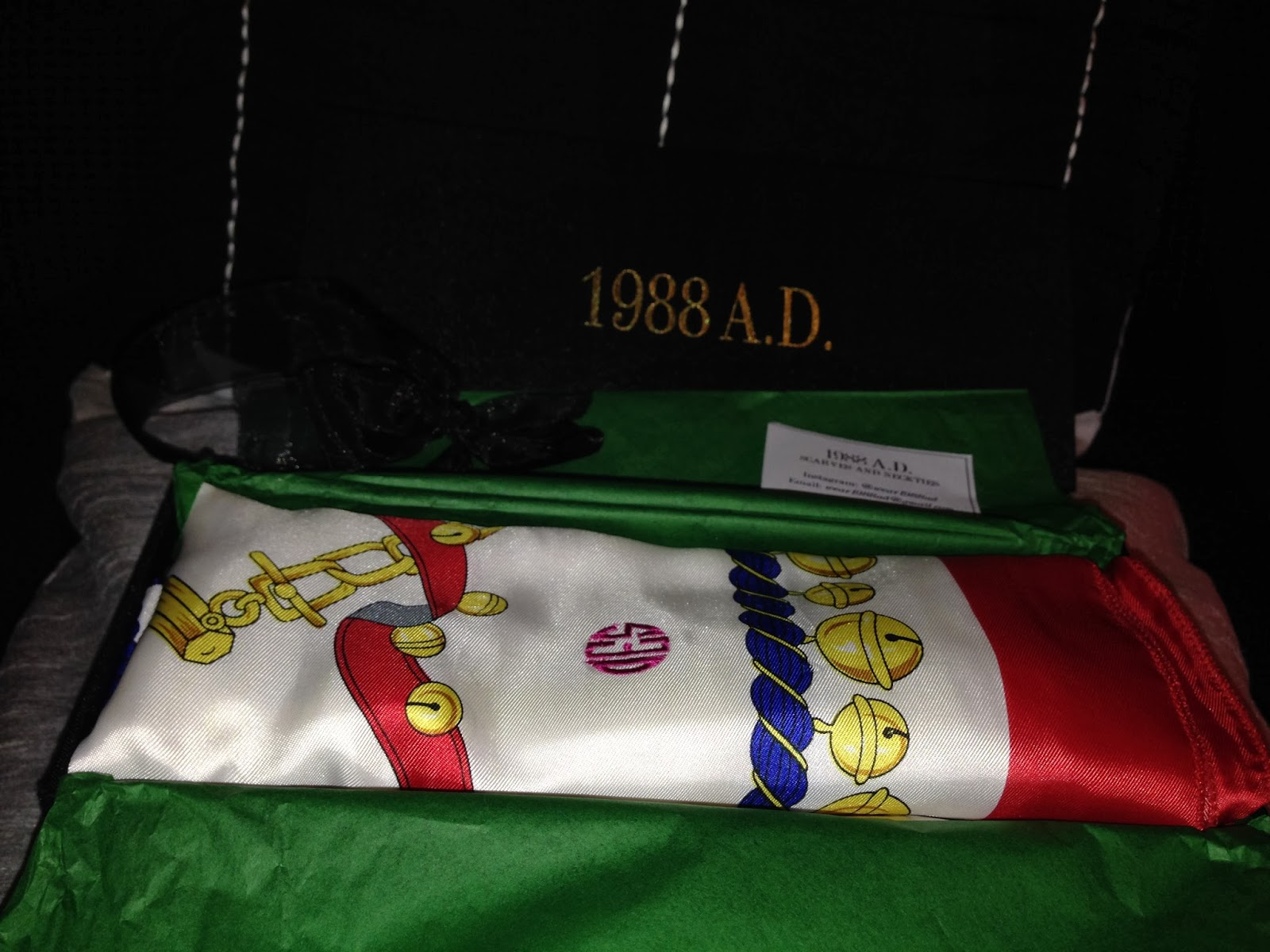 Unboxing. For moi, Monogrammed Scarf Sarah Jessica Print. For more ...