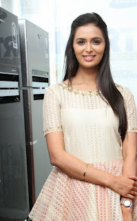 Actress Meenakshi Dixit Latest Pictures at Yes Mart Launch  21.jpg
