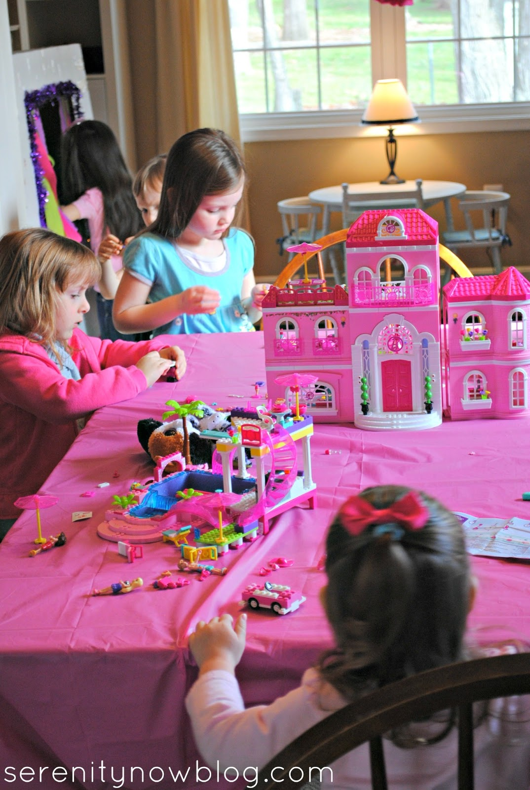 Barbie Toys For Girls : Serenity now mega bloks barbie play date and girls toy