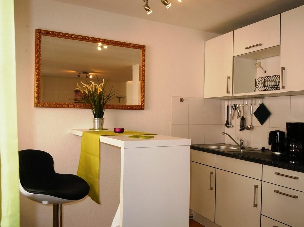 Fotos de cocinas peque as y modernas colores en casa - Diseno cocina pequena ...