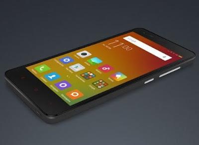 Smartphone Redmi 2 da fabricante chinesa Xiaomi