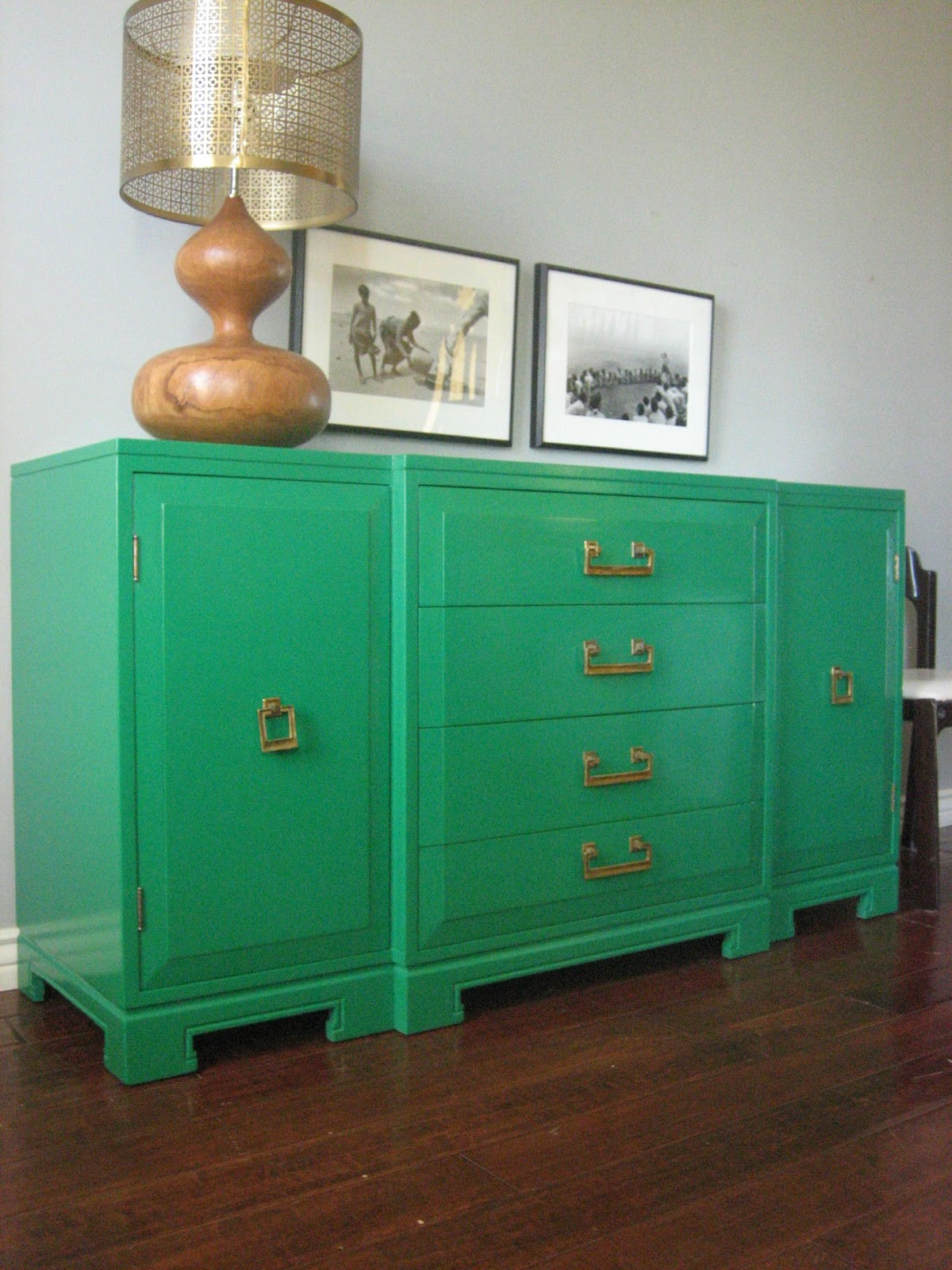 European Paint Finishes Emerald Green Console