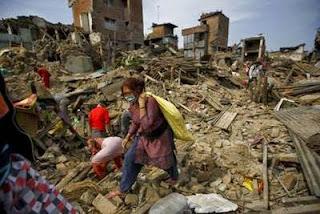 Bencana Gempa Bumi di Nepal Telah Menewaskan 8.583 Orang