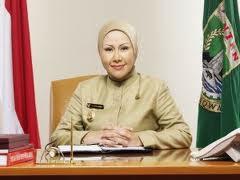 Profil Ratu Atut Chosiyah Terlengkap