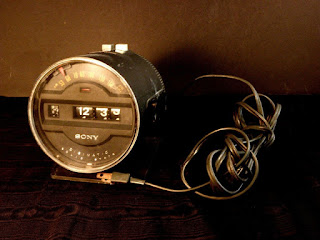 Vintage Sony Digimatic Space Age Tachometer Style Flip Clock Radio 6rc-15 1972