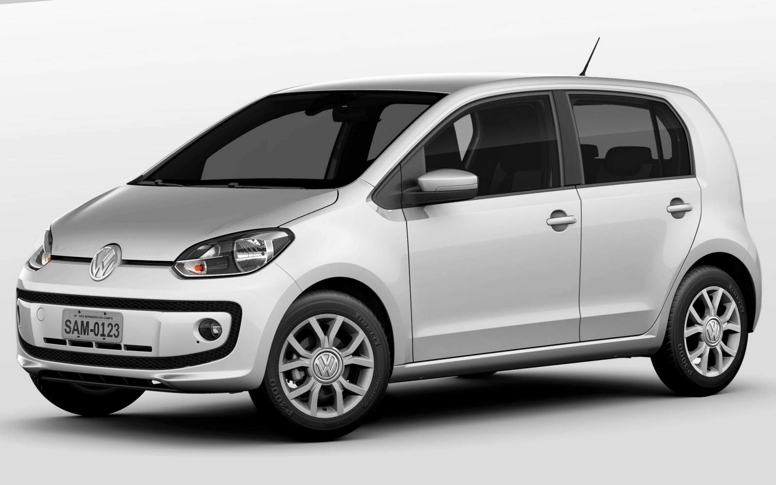 Volkswagen up! 2015 - Prata