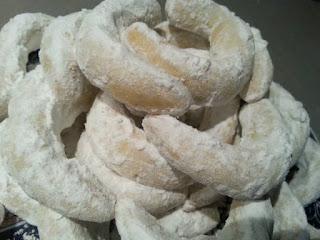 حلويات مغربية للعيد : حلوة الهلال باللوز