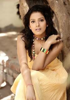 hot Vishakha Singh pics